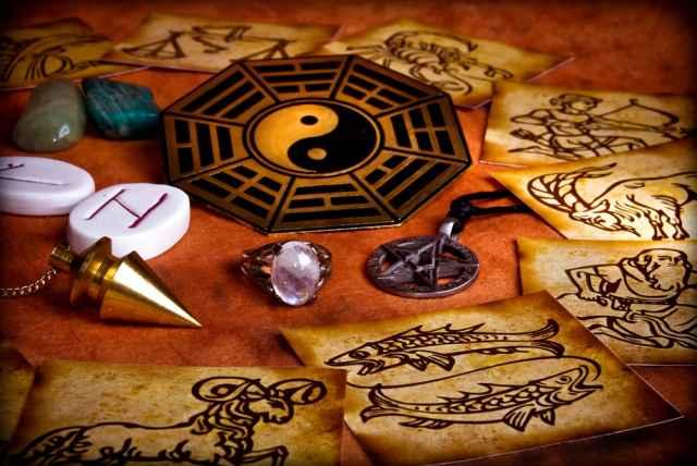 Αστρολογία και αποκρυφισμός: Τα σύμβολα των ζωδίων.