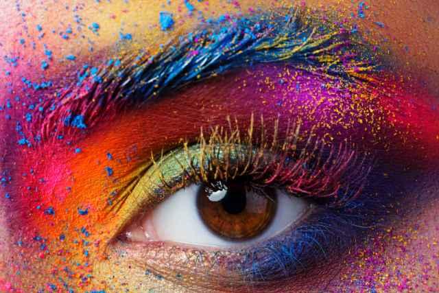 Ζώδια και χρώματα. Ποιο χρώμα σου ταιριάζει και ποια μέρα να το χρησιμοποιείς.