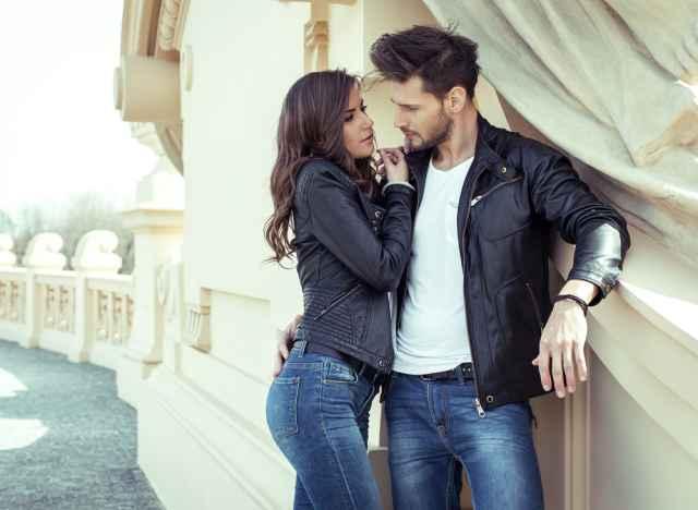Αρμονικό περιστασιακή dating