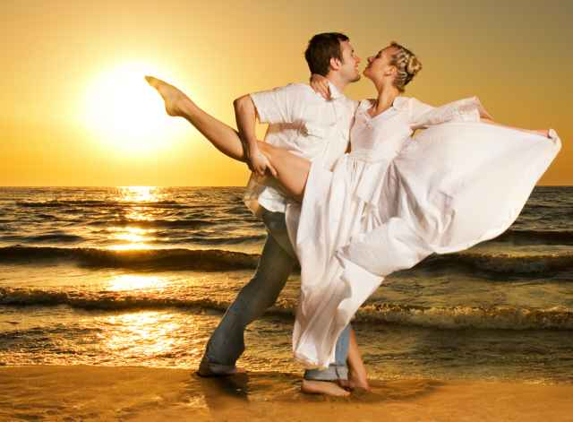 Τα άστρα το Σαββατοκύριακο! Ήλιος στον Λέοντα... Η επίσημη έναρξη ενός ερωτικού μήνα!
