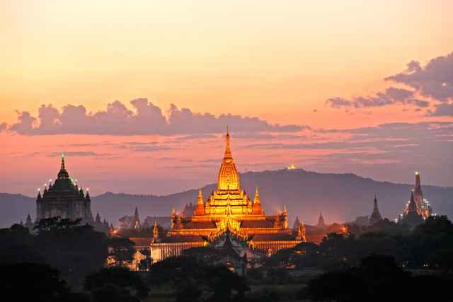 Το Ωροσκόπιο των βουδιστών μοναχών του Μιανμάρ (Βιρμανία)