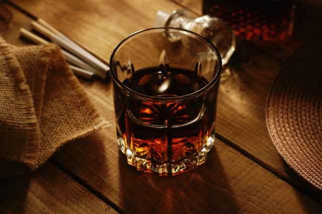 Τα ζώδια και οι «τοξικές» καταστάσεις: Τσιγάρα, ποτά, σχέσεις κ.α. Αφού σε χαλάει, γιατί το συνεχίζεις;
