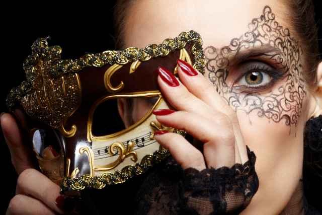 """Ωροσκόπος: η αλήθεια κάτω από τη μάσκα! Ποιο είναι το κρυμμένο μας """"Εγώ""""!"""