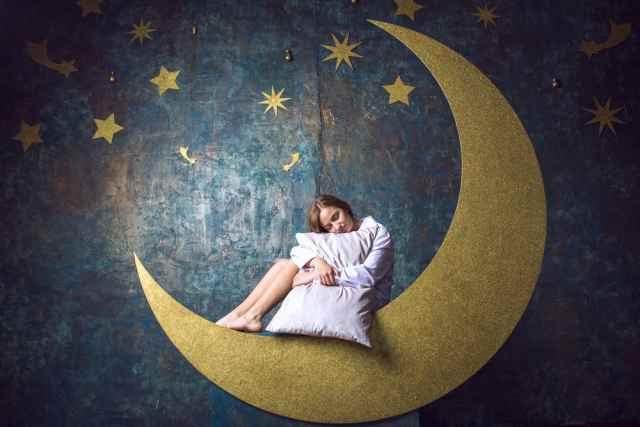 Η Σελήνη στους οίκους: Πώς σε επηρεάζει η γενέθλια Σελήνη στη διαμόρφωση του χαρακτήρα σου!