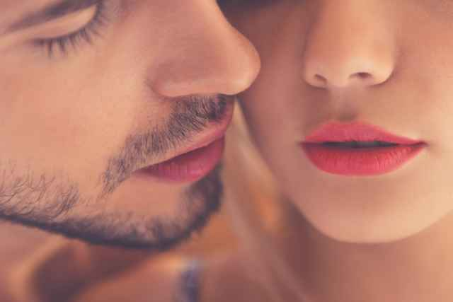 Πες το με ένα φιλί… Πως φιλούν τα ζώδια;