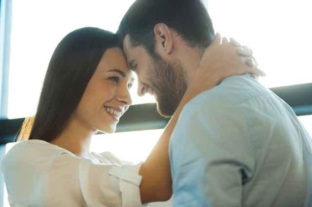 10 πράγματα που πρέπει να ξέρεις πριν βγεις με έναν δίδυμο. dating με έναν τύπο με ADHD Yahoo