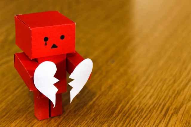 Γιατί ερωτεύεσαι τα λάθος άτομα; Τα ζώδια και οι λάθος επιλογές στην αγάπη.