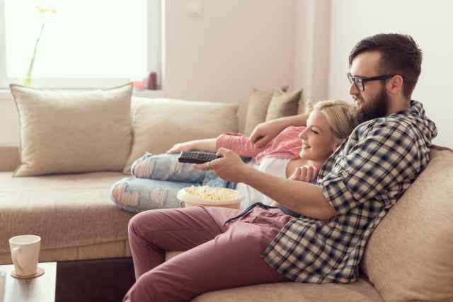 Ζώδια για… να ανοίξεις σπίτι! Ποια είναι η στάση των εκπροσώπων του ζωδιακού σε μία σοβαρή σχέση;
