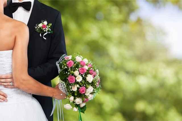 Γάμος εναντίον συμβίωσης! Τι προτιμούν τα ζώδια;