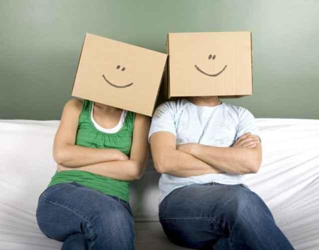 10 λάθη που κάνουμε στις σχέσεις και χωρίζουμε