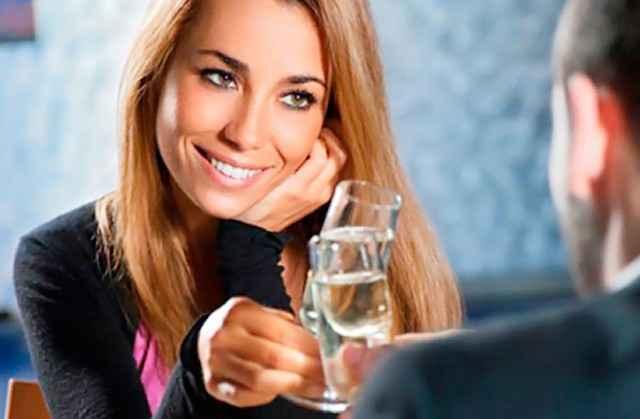 Κοπλιμέντα:7 τρόποι να γοητεύσεις μια γυναίκα