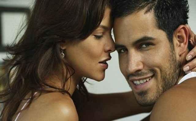 Παράλληλες σχέσεις: Γιατί το κάνουν οι άνδρες, γιατί οι γυναίκες