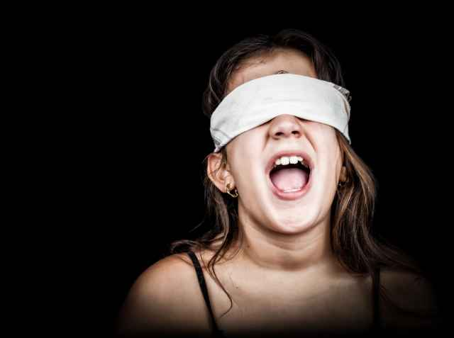 Η σεξουαλική κακοποίηση βρίσκεται στο άμεσο περιβάλλον των παιδιών