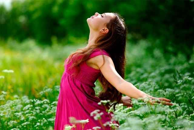 Τα 10 θετικά συναισθήματα: Oδηγός για να νιώσεις χαρά