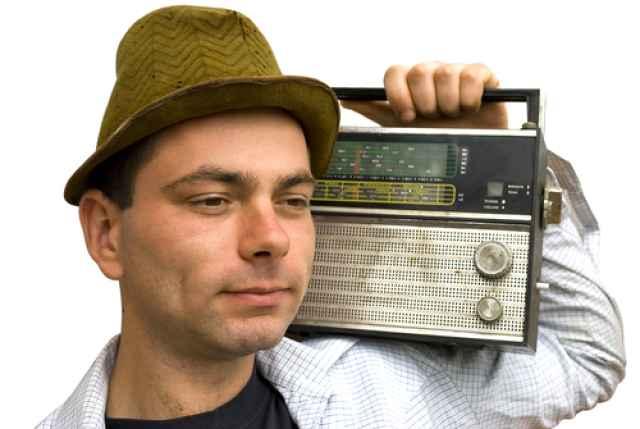 Το Ραδιοφωνικό top 12 του Myastro! Τα τελευταία hit! Τραγούδια & στίχοι που ταιριάζουν στο ζώδιο σου!