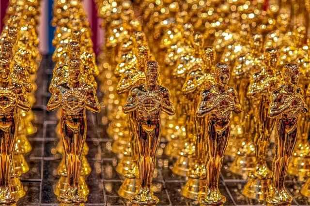 Αν η ζωή του κάθε ζωδίου ήταν ταινία, τι βραβείο Όσκαρ θα είχε περισσότερες πιθανότητες να κερδίσει; Ας ρίξουμε μια χιουμοριστική ματιά επί του θέματος.