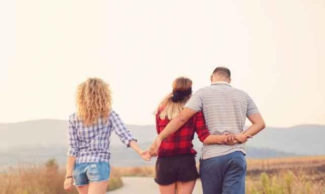 Ζώδια και απιστία: Το ζώδιο του συντρόφου σου μπορεί να δείξει αν σε απατά σε παράλληλη σχέση;
